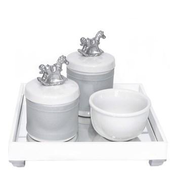 Kit Higiene Espelho Potes, Molhadeira e Capa Cavalinho Prata
