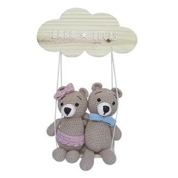 Porta Maternidade Nuvem Balança Casal de Ursinhos Gêmeos Crochê