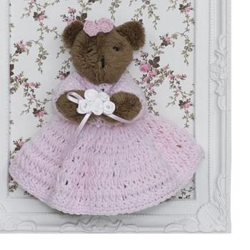 Porta Maternidade Quadro Ursa Marrom Vestido de Crochê e Buquê de Flor