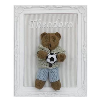 Porta Maternidade Quadro Urso Marrom Roupa de Crochê e Bola de Futebol